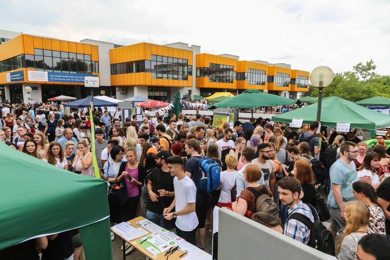Party Stimmung Auf Dem Campus Tu Dortmund Feierte Ihr
